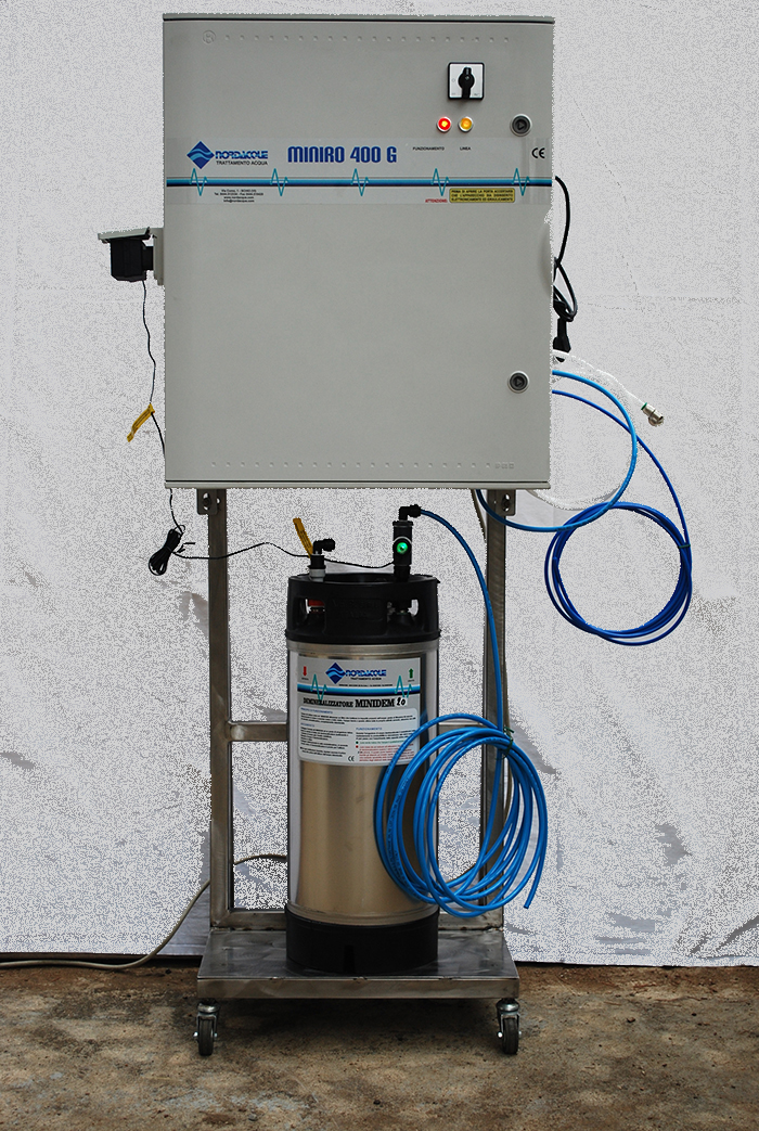NORDAQUE - trattamento acque primarie  Impianti industriali ad osmosi inversa